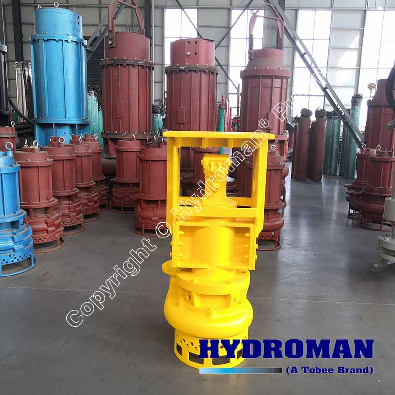 Hydraulic driven dredging pump