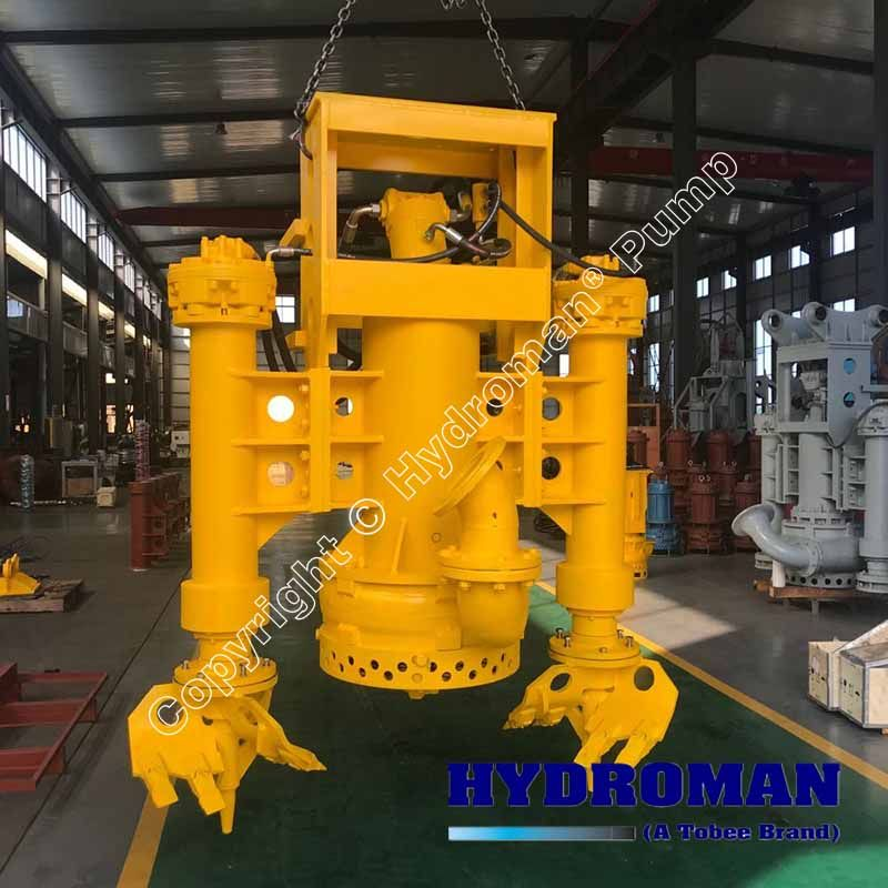 Submersible hydraulic dredge pumps
