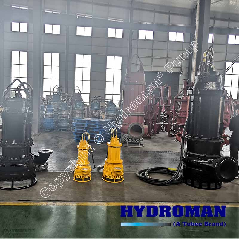 Electric submersible slurry pump with agitator